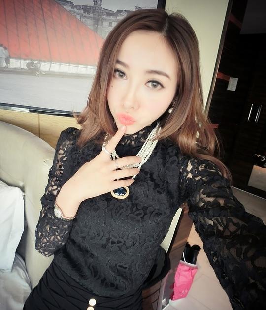 Lace blouse bl black tamochi