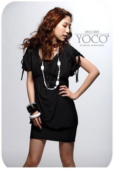 Фото черного платья с украшениями